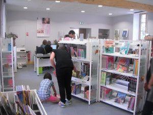intérieur bibliothèque